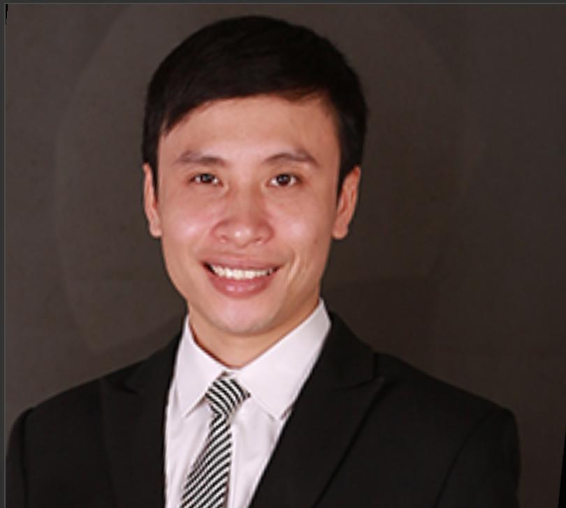 Trần xuân Toàn là ai. Anh là thạc sĩ sinh hóa, chuyên gia về dinh dưỡng hàng đầu với 15 năm kinh nghiệm. Bác sĩ y học cổ truyền
